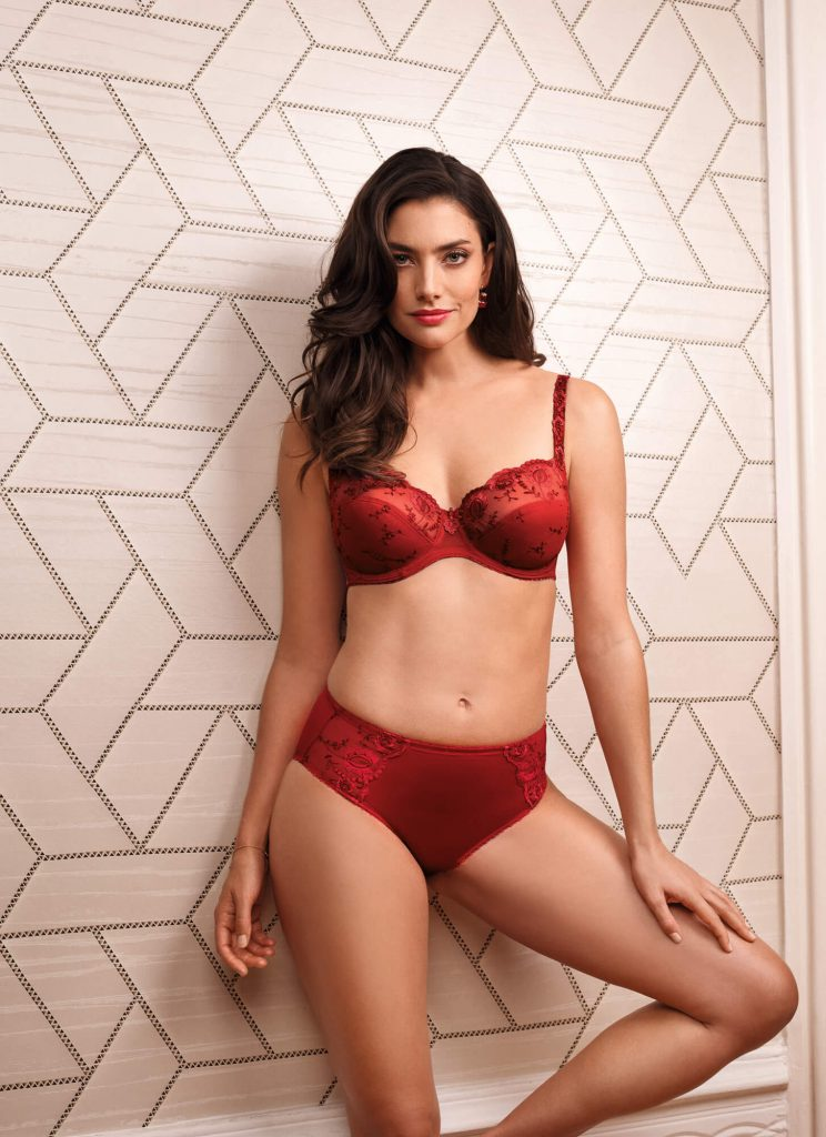 Felina Conturelle bra and pants in red